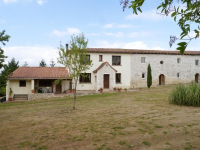 French property, houses and homes for sale in Champagne Mouton, Charente, Poitou_Charentes