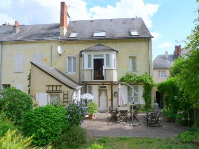 French property, houses and homes for sale in LA CHARTRE SUR LE LOIRSarthe Pays_de_la_Loire