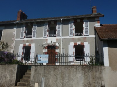 French property, houses and homes for sale in SAILLAT SUR VIENNE Haute_Vienne Limousin