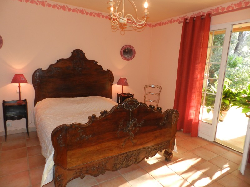 Leggett house for sale in le beausset var le beausset for Chambre d hotes for sale