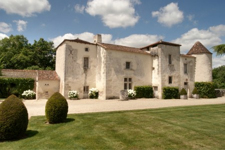 French property, houses and homes for sale in Cognac region Charente Poitou_Charentes
