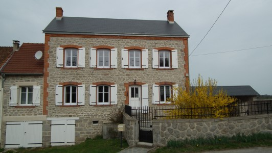 French property, houses and homes for sale in AUZANCESCreuse Limousin