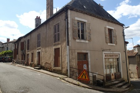 French property, houses and homes for sale in LISLE JOURDAINVienne Poitou_Charentes