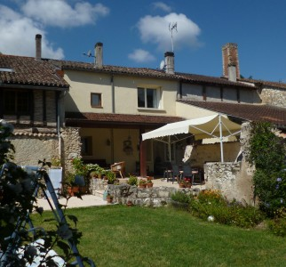 French property, houses and homes for sale in SERRES ET MONTGUYARDDordogne Aquitaine