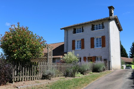 French property, houses and homes for sale in SAVIGNAC DE NONTRONDordogne Aquitaine