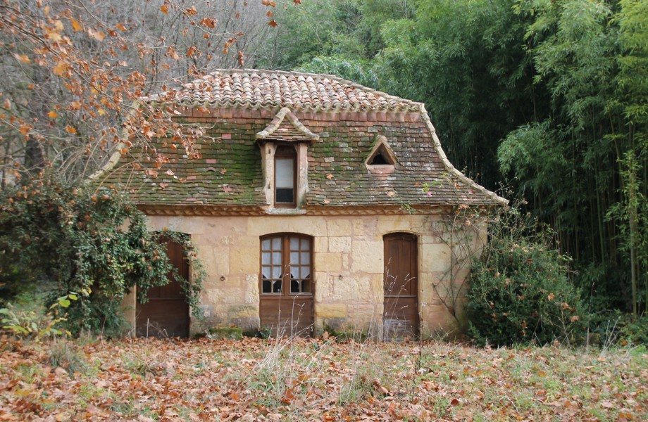 Leggett commercial for sale in le bugue dordogne for 18th century french cuisine