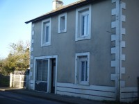 French property, houses and homes for sale in LA CHAPELLE BATONVienne Poitou_Charentes