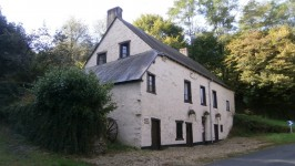 French property, houses and homes for sale in CROZON SUR VAUVREIndre Centre