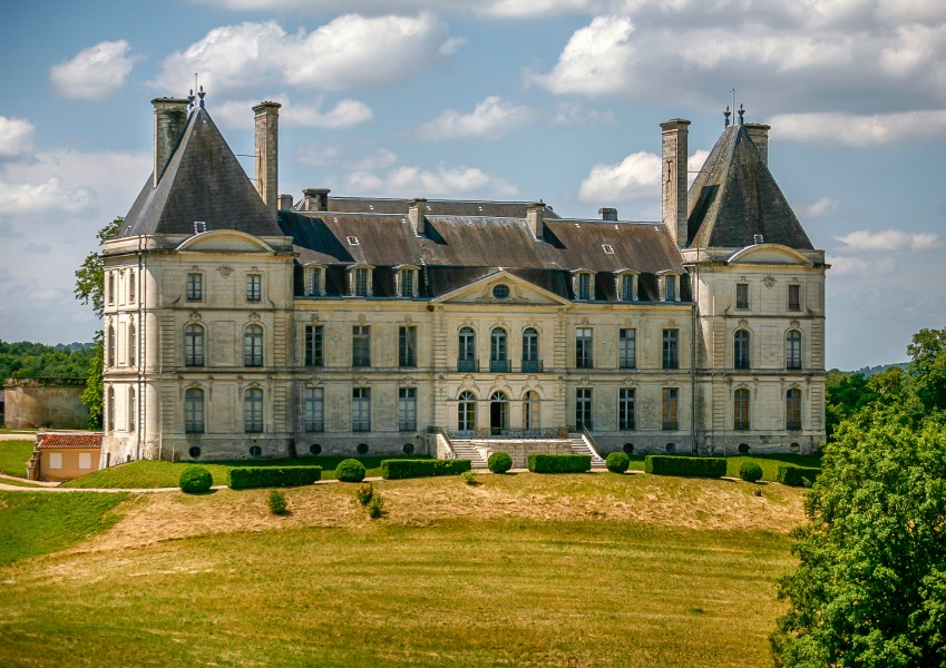 Ch teau of historical interest with over 500 hectares of for French country houses for sale