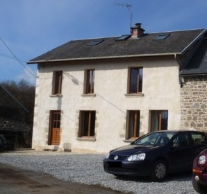 French property, houses and homes for sale in SAURET BESSERVE Puy_de_Dome Auvergne