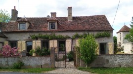 French property, houses and homes for sale in BRESNAYAllier Auvergne