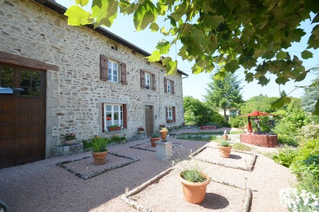 French property, houses and homes for sale in LA CHAPELLE MONTBRANDEIX Haute_Vienne Limousin
