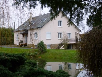 French property, houses and homes for sale in ALLOGNYCher Centre