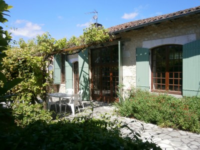 French property, houses and homes for sale in BOUTEILLES ST SEBASTIENDordogne Aquitaine