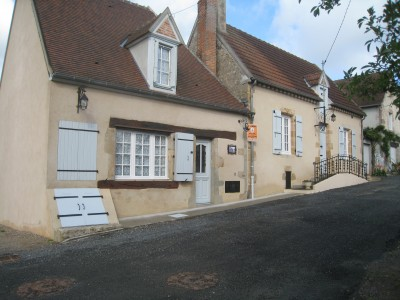 French property, houses and homes for sale in EPINEUIL LE FLEURIEL Cher Centre