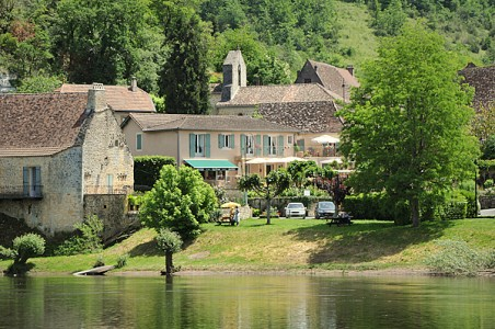 French property, houses and homes for sale in Entre Bergerac et Sarlat Dordogne Aquitaine