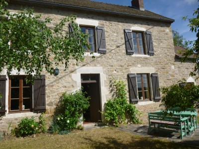 French property, houses and homes for sale in ST QUINTIN SUR SIOULE Puy_de_Dome Auvergne