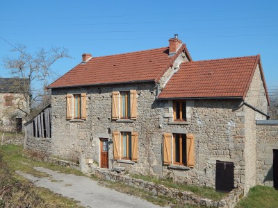Maison vendre en limousin creuse mainsat charmante for Drainage maison en pierre