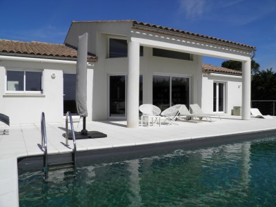 French property, houses and homes for sale in Saint-Gilles Gard Languedoc_Roussillon