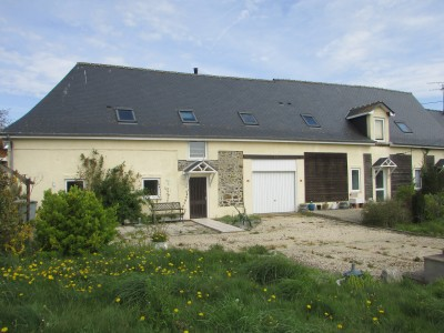 French property, houses and homes for sale in LAUBRIERESMayenne Pays_de_la_Loire