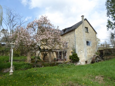 French property, houses and homes for sale in LA CHARITE SUR LOIRE Nievre Bourgogne