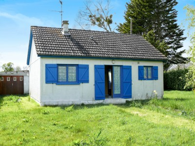 French property, houses and homes for sale in ISIGNY SUR MERCalvados Normandy