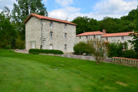 French property, houses and homes for sale in MONSIREIGNEVendee Pays_de_la_Loire