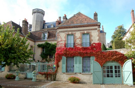 French property, houses and homes for sale in MONTMIRAILSarthe Pays_de_la_Loire