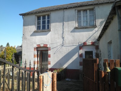 French property, houses and homes for sale in RENAZEMayenne Pays_de_la_Loire