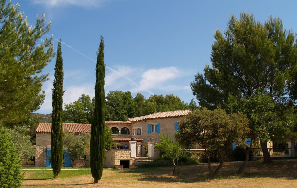 Leggett House For Sale In Lauris Vaucluse Lauris 84360 Property Rentals In The Luberon