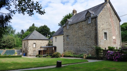 French property, houses and homes for sale in AMBRIERES LES VALLEES Mayenne Pays_de_la_Loire