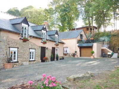 French property, houses and homes for sale in PLUMAUGAT Cotes_d_Armor Brittany