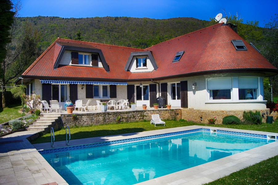 Leggett House For Sale In Sevrier Haute Savoie Quality Individual 5 Bed House Overlooking