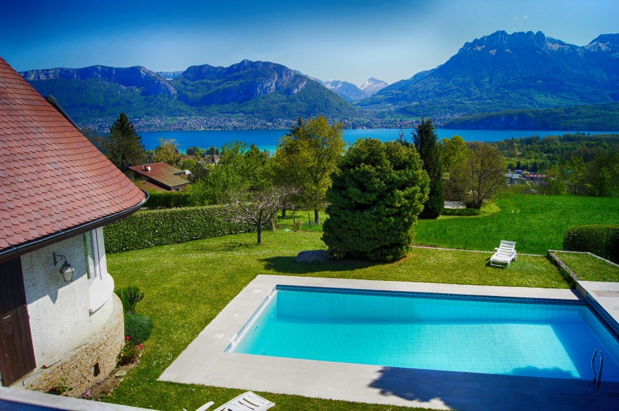 Quality Individual 5 Bedroom House Overlooking Lake Annecy With Substantial Private Garden And