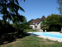 French property latest addition in COUHE Vienne