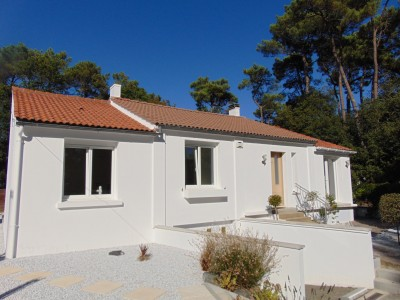 French property, houses and homes for sale in JARD SUR MERVendee Pays_de_la_Loire