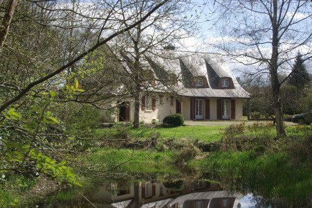 French property, houses and homes for sale in PONTIVY Morbihan Brittany