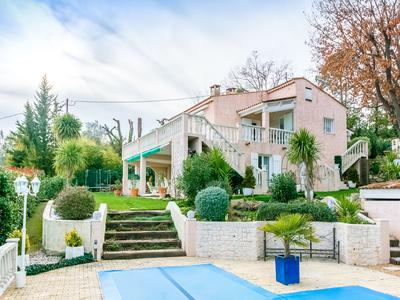French property, houses and homes for sale in BAGNOLS EN FORET Provence Cote d'Azur Provence_Cote_d_Azur