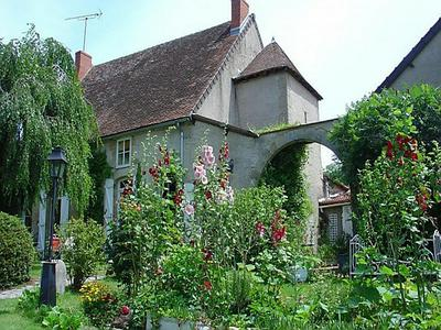 French property, houses and homes for sale in SOUVIGNY Allier Auvergne