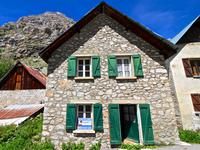 French ski chalets, properties in Saint Christophe En Oisans, Venosc Village, Les Deux Alpes